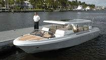 motor-boat : in-board center console boat (yacht tender) ROYAL LIMO Royal Tender