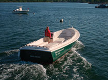 motor-boat : in-board side console boat open boat MID-HARBOR 26 Atlantic