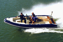 motor-boat : in-board side console boat (yacht tender) T/T S/Y ANAKENA McMullen &amp; Wing