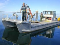 motor-boat : pontoon work-boat MF1 Southland Commercial Pontoon Boats