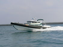 patrol-boat : rigid inflatable boat (in-board, with enclosed cockpit) MEGATECH 12 CABIN Duarry