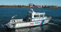 patrol-boat : express-cruiser KINGSTONE 36 Metalcraft Marine Inc