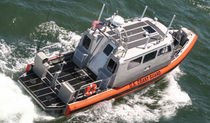 patrol-boat : rigid inflatable boat (in-board, with enclosed cockpit) LRI Willard Marine