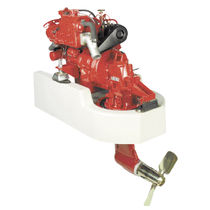 pleasure boat engine : in-board diesel engine 20 - 30 hp (saildrive, indirect injection, natural aspiration) BETA 30 SD (30 HP @ 3600 RPM) Beta Marine