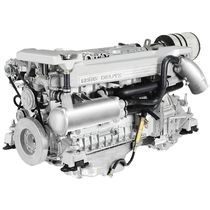 pleasure boat engine : in-board diesel engine 200 - 300 hp (direct injection, turbocharged) DTA 66 - 155 KW (210 HP) VETUS