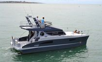power catamaran : express-cruiser JXX38 JAUNIN Productions