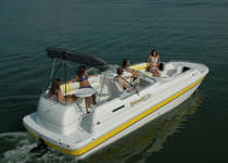 power catamaran : in-board deck-boat 240 PLATINUM Splendor Boats