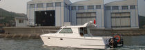 power catamaran : sport-fishing express-cruiser  aurora (dalian) yachts co ltd
