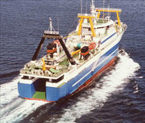 professional fishing-vessel : fishing-trawler (shipyard) 5446 DWT / STANOVLENIE Factorias Juliana, S.A.U.