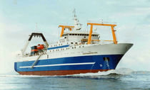 professional fishing-vessel : fishing-trawler (shipyard) 5446 DWT / SOTRUDNICHES TVO Factorias Juliana, S.A.U.