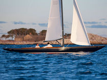 sailboat : classic day-sailer CW HOOD 32 C.W. Hood Yachts