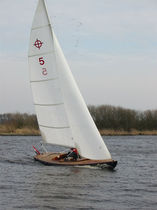 sailboat : classic day-sailer FOCUS 800 EXECUTION Focus Sails & Sailing