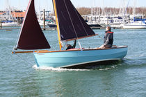 sailboat : classic day-sailer (trailerable) 17 Cornish Crabbers LLP