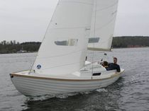sailboat : classic day-sailer (with cabin) NEW FUNCTION Diva Royal