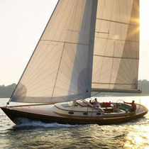 sailboat : classic sloop FRIENDSHIP 40 Friendship Yacht Company