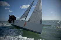 sailboat : racing keelboat (lifting keel, bow-sprit) X-TREME 25 G Force Yachts