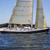 sailboat : racing keelboat (with cabin) S&S 30 Racer Bluenose Yacht Sales