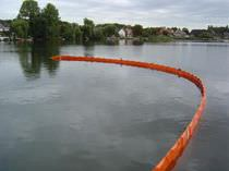 sheltered waters floating oil boom (rigid flotation elements)  Hebo FTE