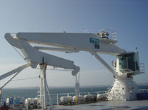 ship deck crane : articulated crane  TTS Marine