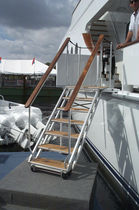 side boarding ladder for yachts  Mar Quipt