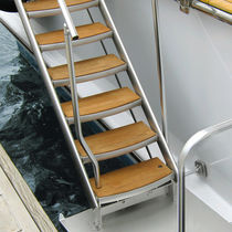 side boarding ladder for yachts (custom-made)  UMT International