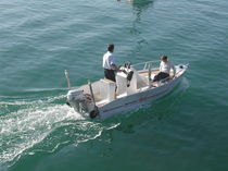 sport-fishing boat : open boat DERVINIS 450 BORD A BORD