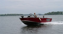 sport-fishing boat : open boat (aluminium) 17 Lake Assault Custom Boats