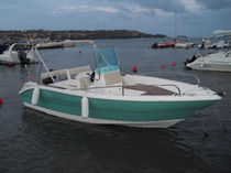 sport-fishing boat : outboard center console boat 590 OPEN FISHING Cantiere Eolo