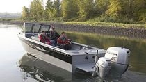sport-fishing boat : outboard runabout (aluminium) PHANTOM 162 American Angler