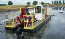 workboat : cutter-suction dredger MUD CAT� 727 165HP LIQUID WASTE TECHNOLOGY