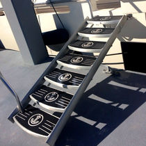 yacht boarding ladder Heavy Duty UMT International