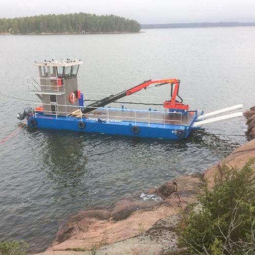 work boat / outboard / aluminum