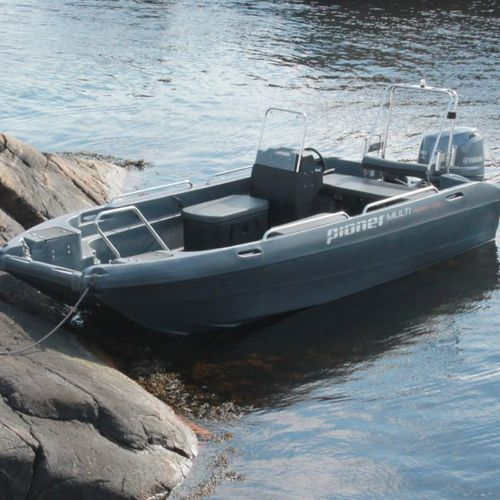 center console catamaran / outboard / open / side console
