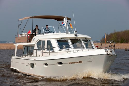 inboard express cruiser / flybridge / canal / classic