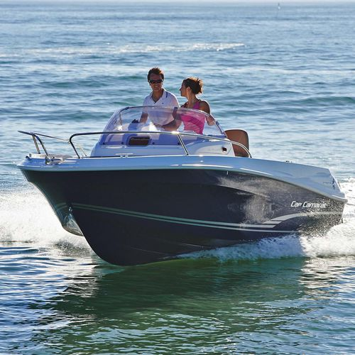outboard walkaround / center console / with cabin / sundeck