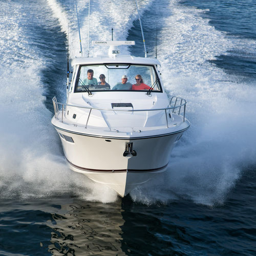 Outboard express cruiser / twin-engine / hard-top / sport-fishing OS 355 OFFSHORE Pursuit Boats