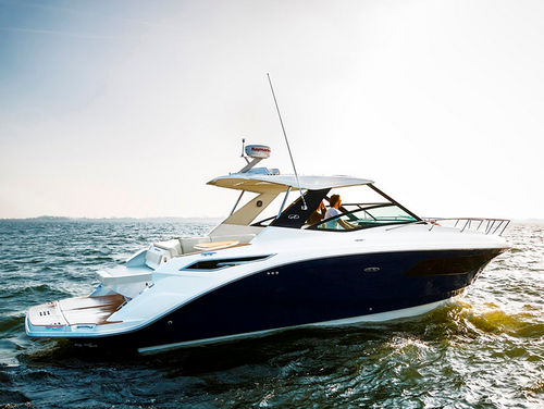 Inboard express cruiser / open / sundeck / with T-top SUNDANCER 320 Sea Ray