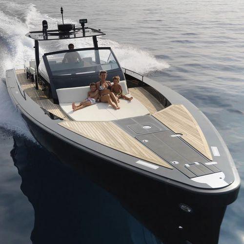 cruising motor yacht / open / IPS