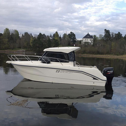 outboard cabin cruiser / hard-top / fishing / 7-person max.