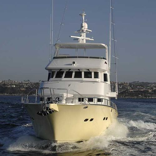 expedition motor yacht / trawler / raised pilothouse / fiberglass