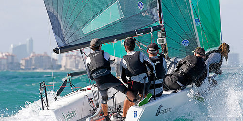 monohull / one-design / sport keelboat / open transom