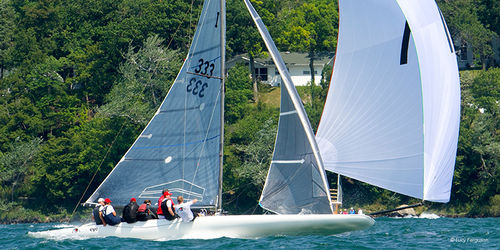 monohull / sport keelboat / with bowsprit / carbon mast