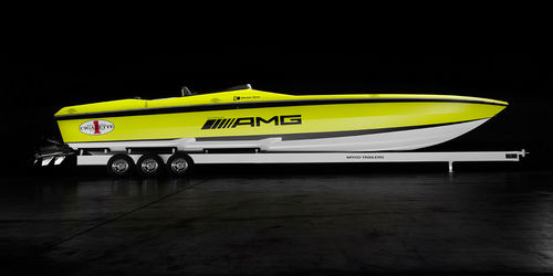 inboard runabout / electric / dual-console / offshore