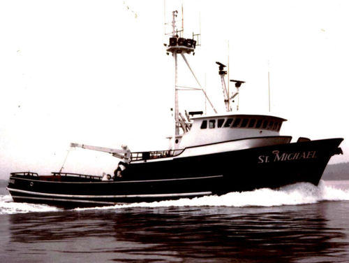 longliner commercial fishing vessel