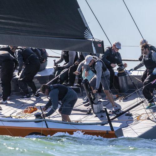 sailboat boom / for sailing yachts / furling / carbon