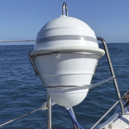 mooring buoy / self-adjusting anchor / plastic