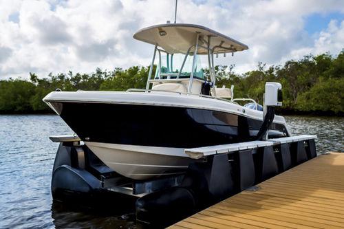 boat lift / floating / aluminum