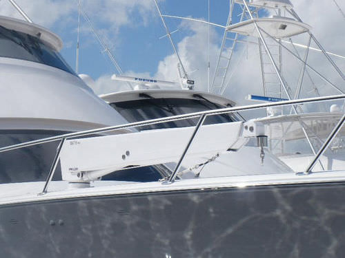 yacht davit / hydraulic / telescopic / rotating