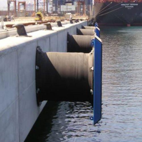 Harbor fender / pier / closed-cell SCK series Trelleborg Marine Systems