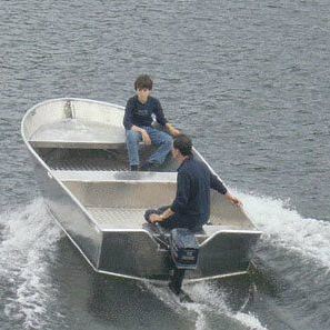 outboard small boat / open / sport-fishing / aluminum